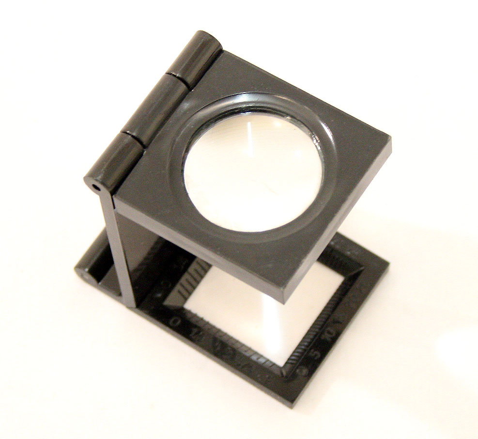 8X22Black Mini Magnifier