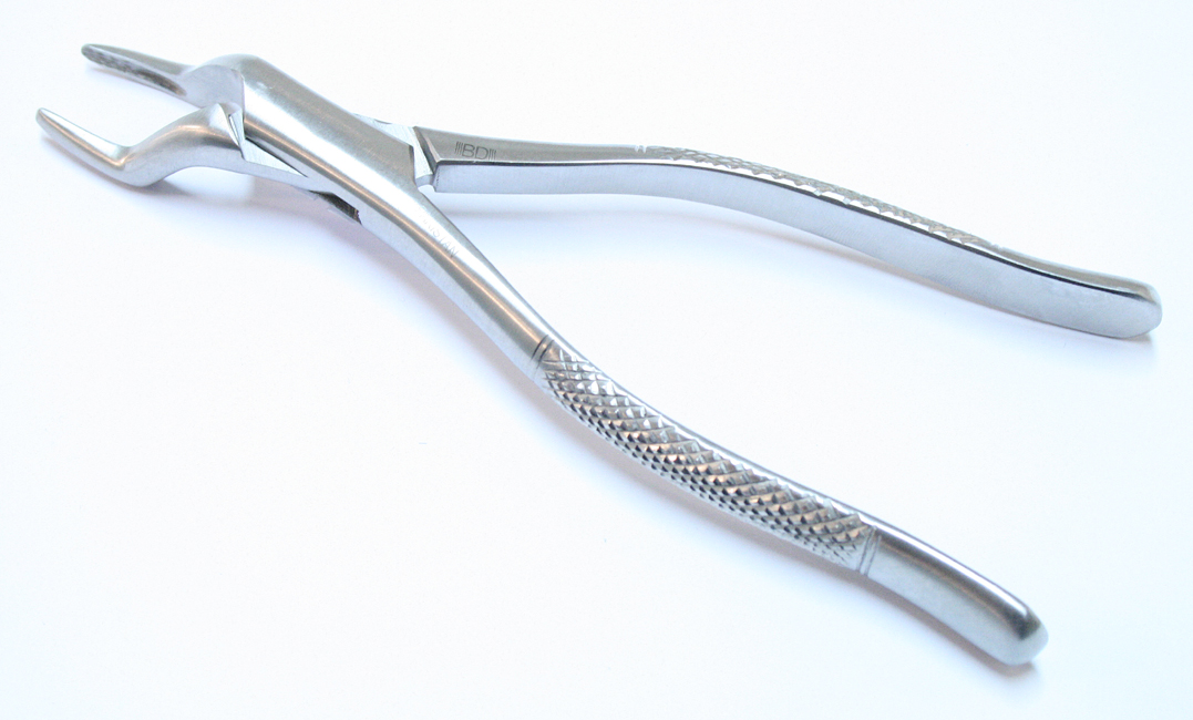 32A Dental Instrument Extracting Forceps Stainless Steel